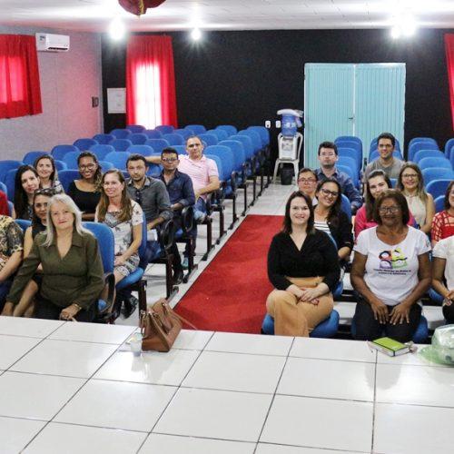 Em Jaicós, MP orienta representantes de oito municípios sobre eleição dos Conselhos Tutelares