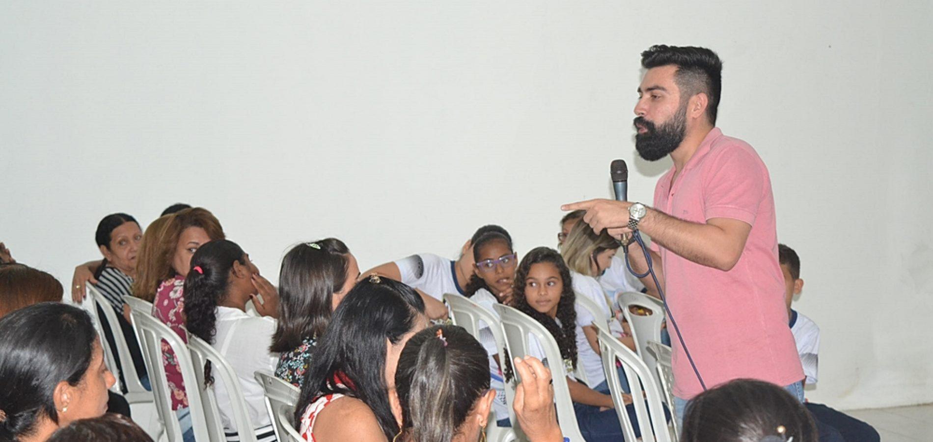 SIMÕES | Secretaria de Educação realiza evento com merendeiras do município