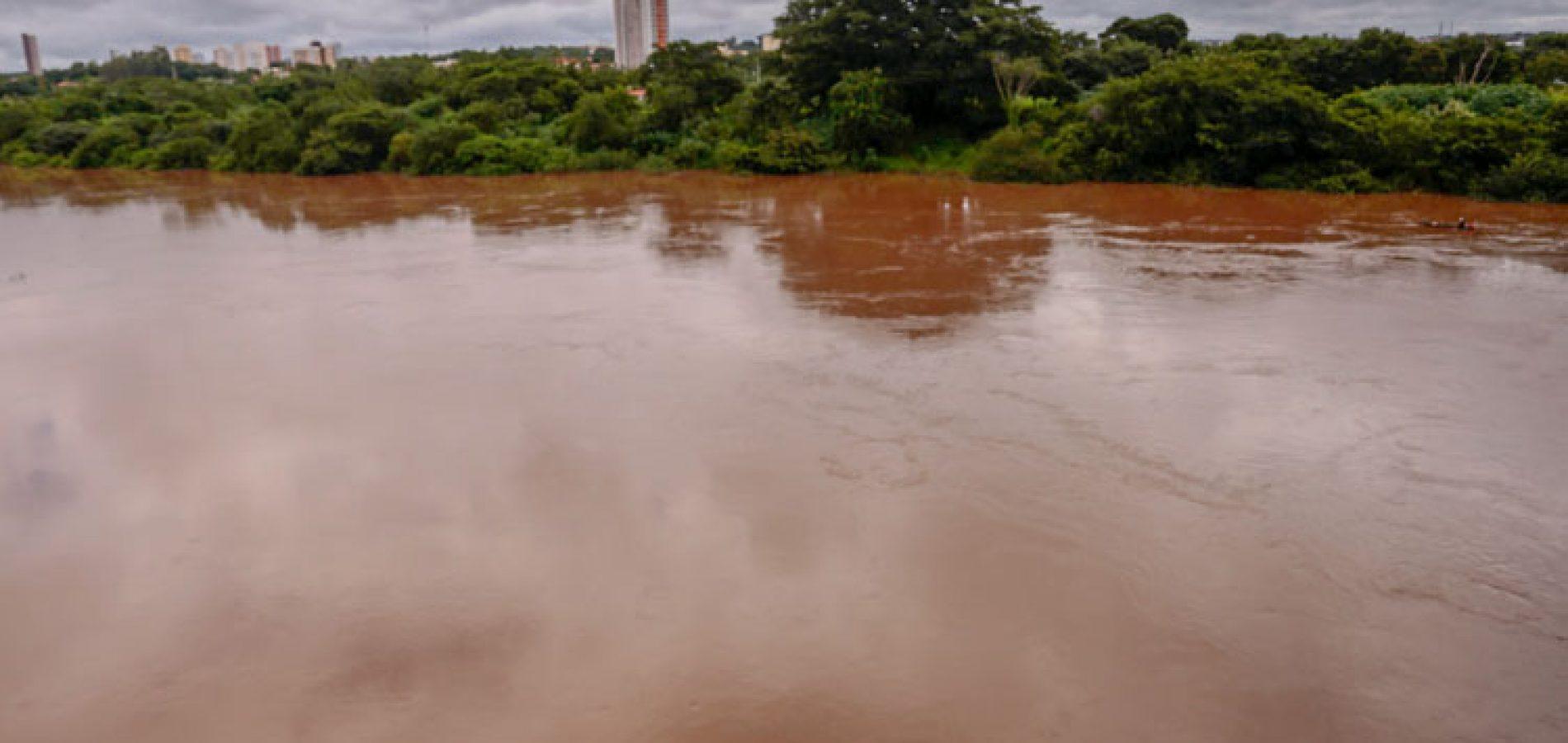 Corpo em avançado estado de decomposição é encontrado às margens de rio no Piauí