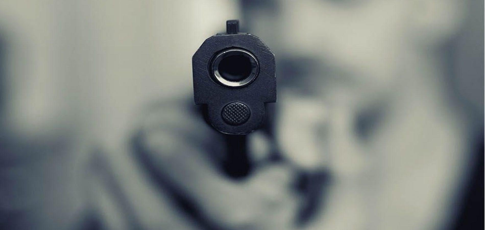 PICOS | Dois irmãos são presos por roubo e porte ilegal de arma de fogo