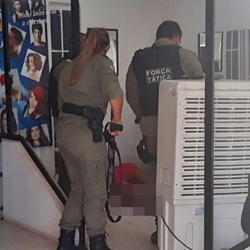 Mulher é assassinada a tiros dentro de salão de beleza no Norte do Piauí