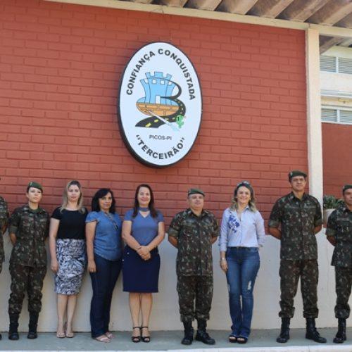 Gestoras santanenses participam de encontro com comando do 3º BEC de Picos