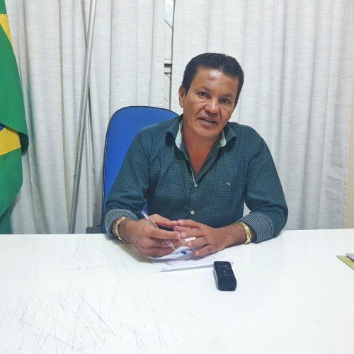 Em Campo Grande, prefeito Baiá fala sobre política e descarta rompimento com a família Ramos