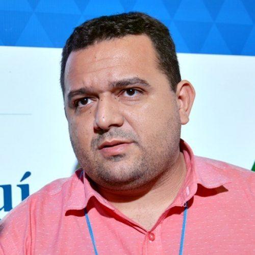 CARIDADE | Em Teresina, prefeito Toninho participa do II Congresso das Cidades do Piauí