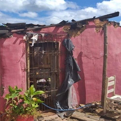 Vídeo: casal perde tudo após ter casa destruída em incêndio criminoso no Piauí