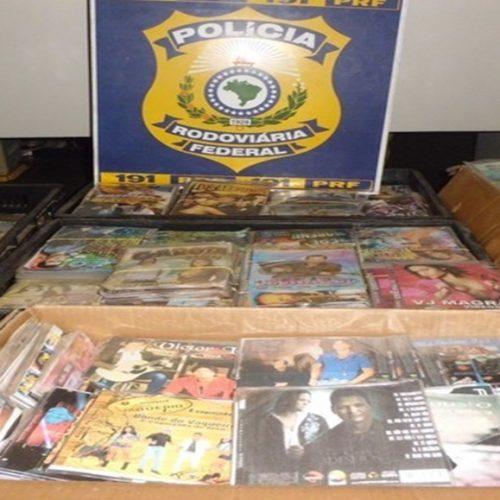 PRF apreende carga de DVD e CD sem nota fiscal na cidade do Piauí