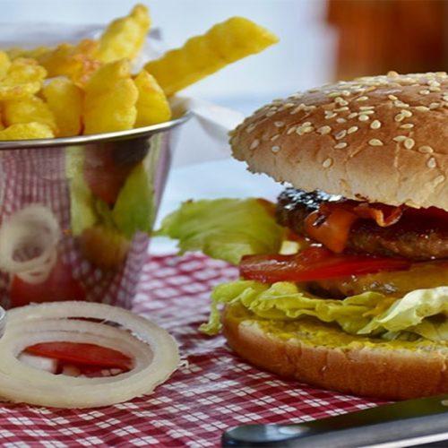 Fast food: pesquisas detalham os problemas para a saúde