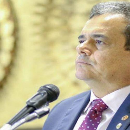 CCJ é conduzida por Henrique Pires enquanto Júlio Arcoverde não assume