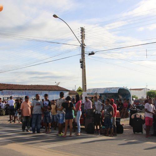 JAICÓS | Em apenas 1 dia, cerca de 600 trabalhadores migram para Matão em busca de melhores condições de vida