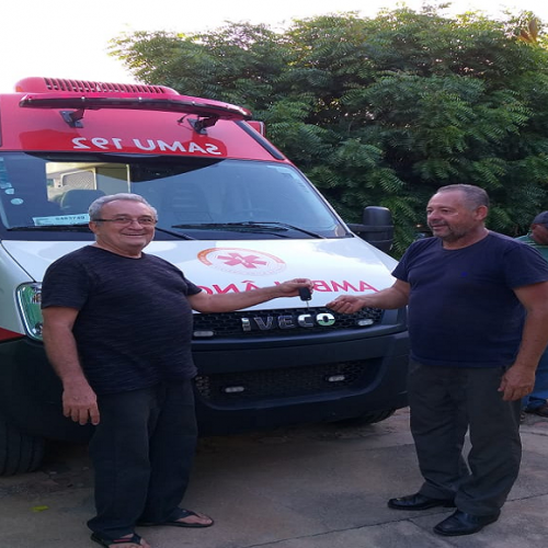 Pio IX recebe nova ambulância do SAMU