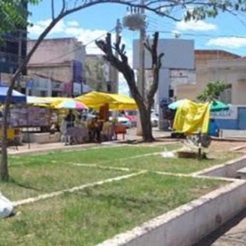 PICOS | Feirantes terão de evacuar Praça Josino Ferreira até o final de semana