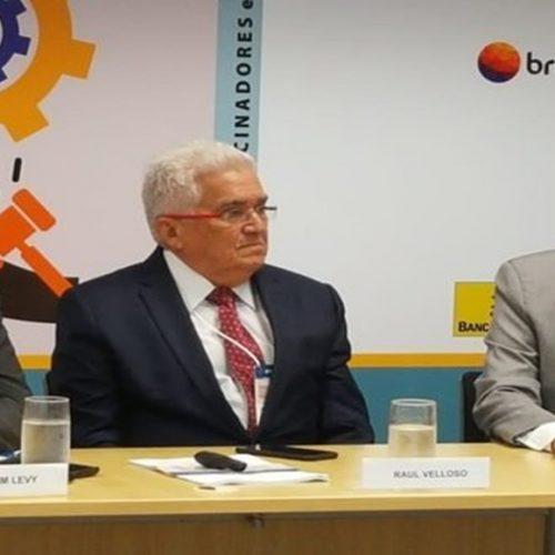 Governador trata no BNDES pagamento de dívida pela federalização da Cepisa