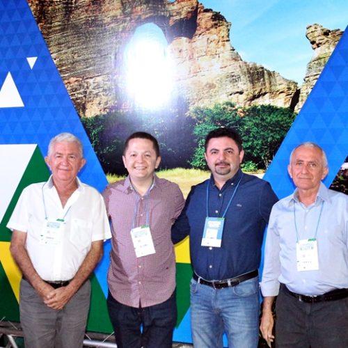 Comitiva de Santa Cruz do Piauí participa do II Congresso das Cidades