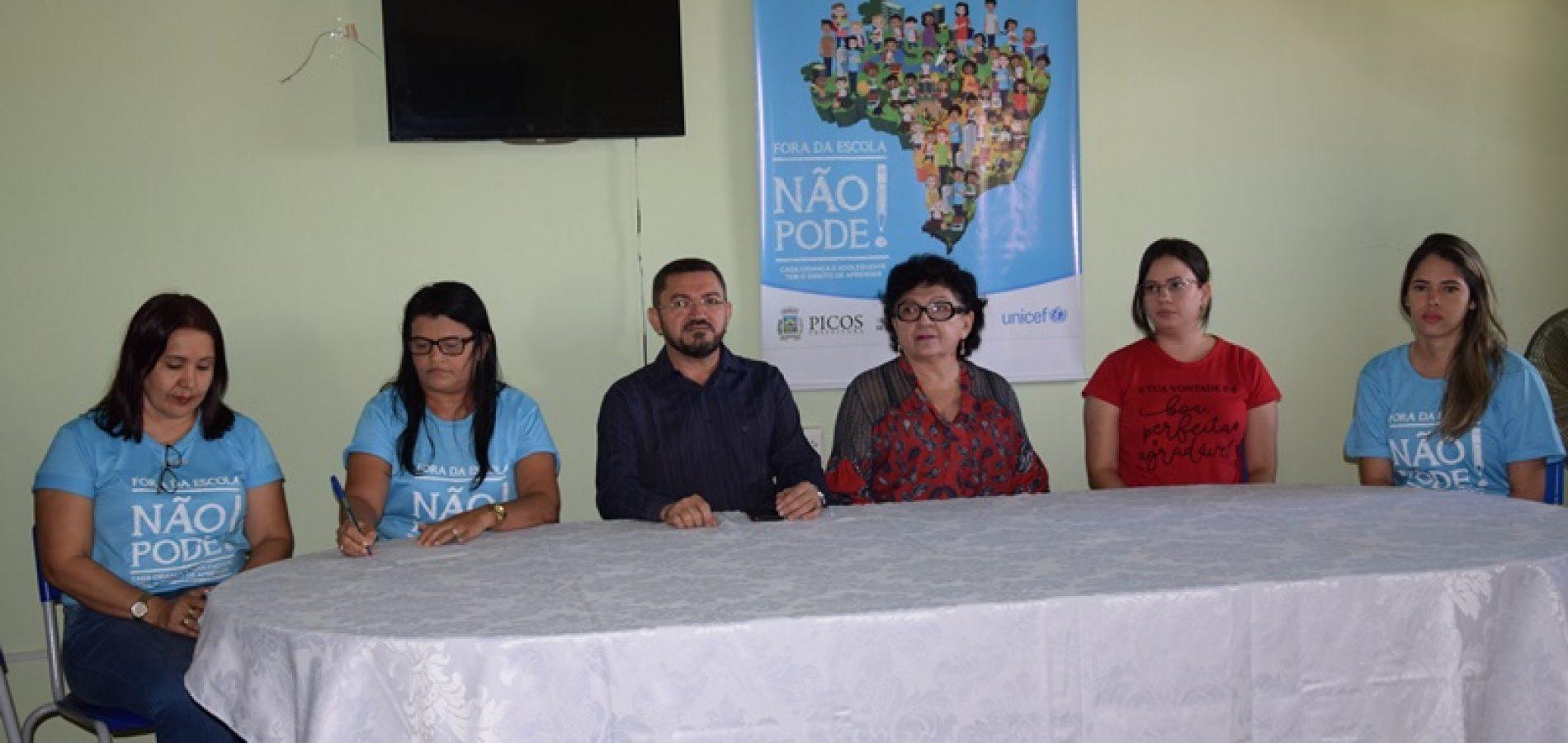 """Secretaria de Educação apresenta Projeto """"Busca Ativa"""" a gestores de escolas em Picos"""