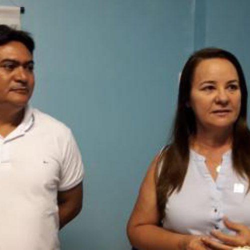 Prefeita Maria José dá posse ao novo secretário de Esportes de Santana do Piauí