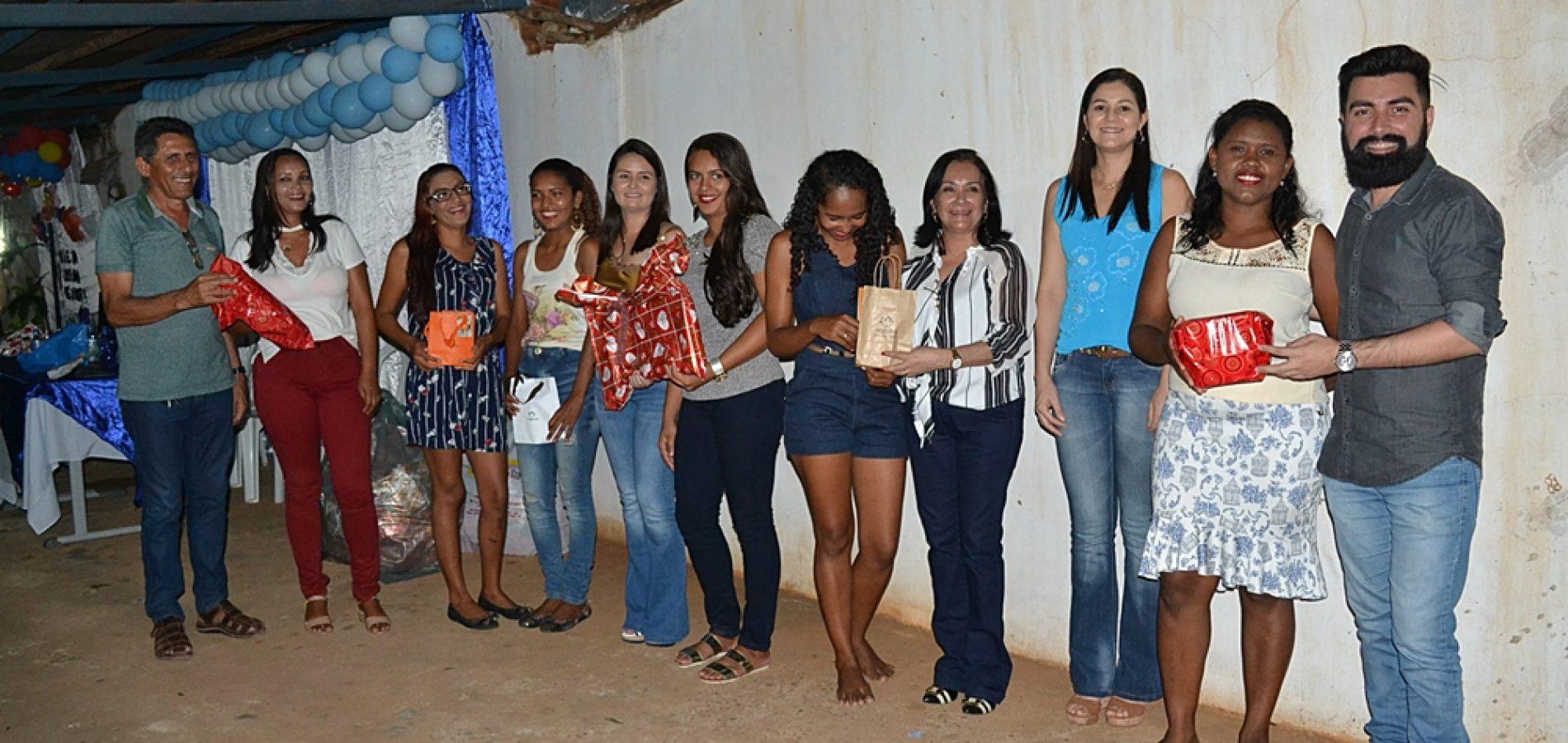 SIMÕES | Escola Padre José Medeiros comemora Dia das Mães com festa