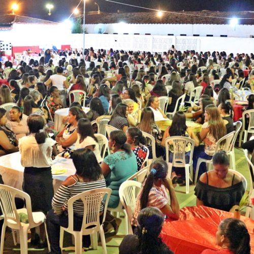 Prefeitura de Padre Marcos promove festa para mais de 900 mães
