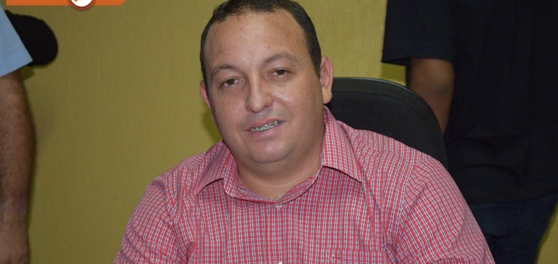PICOS | Secretário de Agricultura e Abastecimento reafirma compromisso com comunidades no controle de água