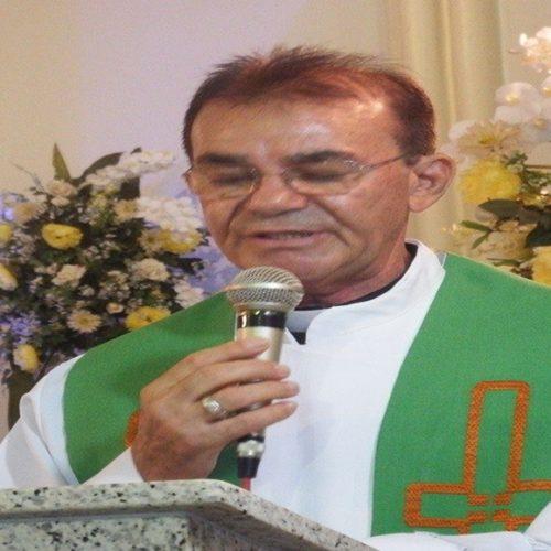 PICOS| Padre Chiquinho passa bem após cirurgia