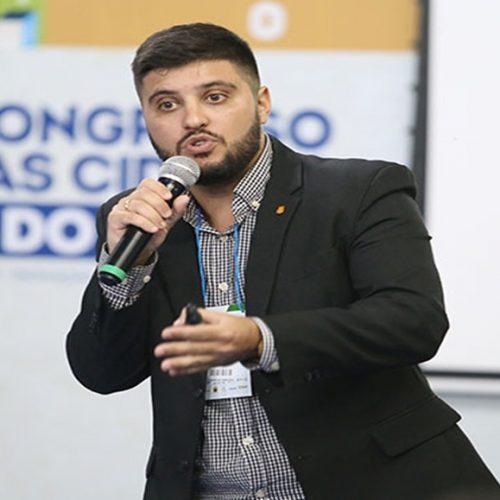 Cidades podem encontrar potencial nas periferias, diz palestrante do Sebrae