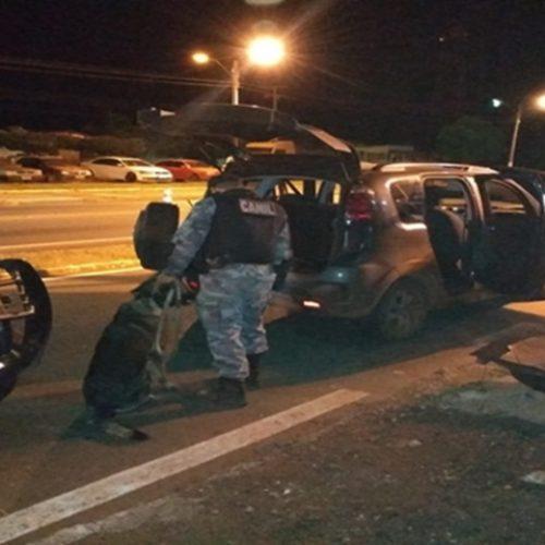 Polícia realiza operação para coibir transporte de drogas em Picos