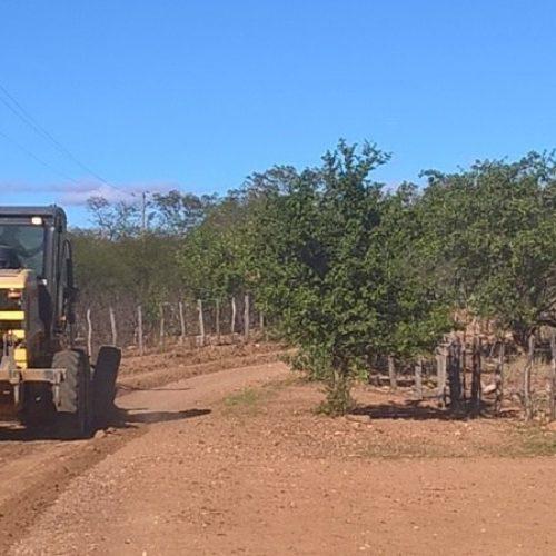 Prefeitura de São Julião inicia obras de recuperação de estradas vicinais