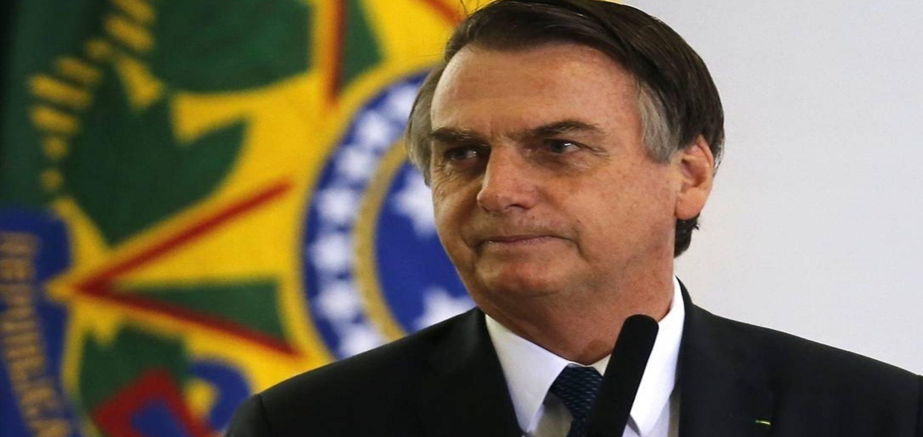 Bolsonaro e Michelle vão sobrevoar Tabuleiros e inaugurar escola militar em Parnaíba