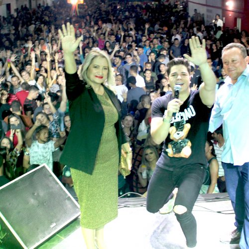 FOTOS | Shows de Leonel do Acordeon, Eric Land e Alvino Luz no encerramento do 18º Arraiá São João Batista, em Vila Nova do Piauí