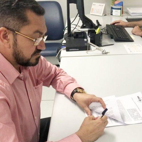 Prefeitura de Picos assina convênio para recuperação de estradas vicinais
