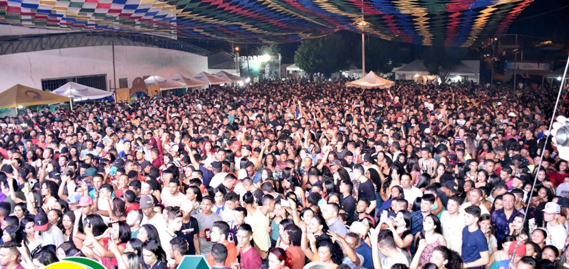 INHUMA 65 ANOS   Veja fotos do 2º dia de shows do aniversário