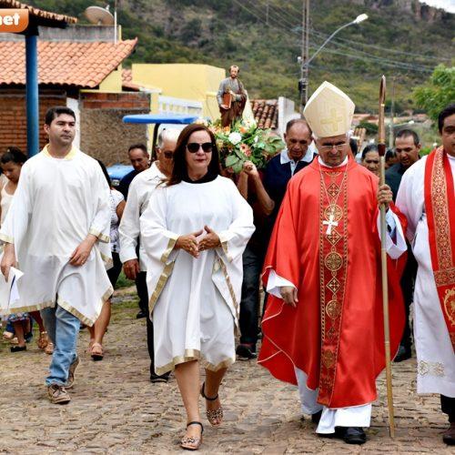 Missa Solene e procissão reúnem multidão e encerram festejos de São Pedro em Santana do Piauí; fotos