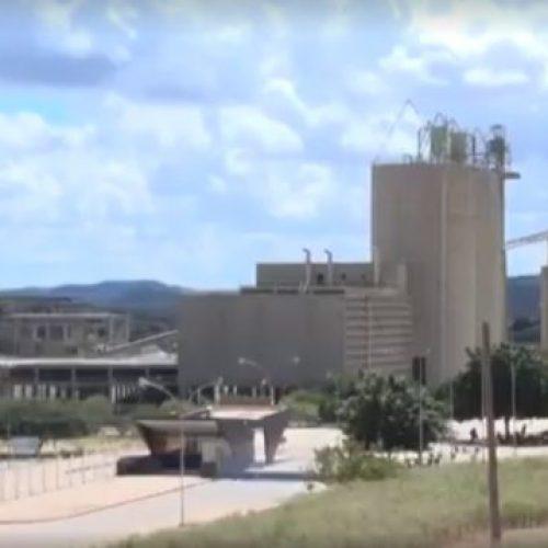 Reportagem da TV Clube relata prejuízos acumulados após fechamento da fábrica de cimento em Fronteiras