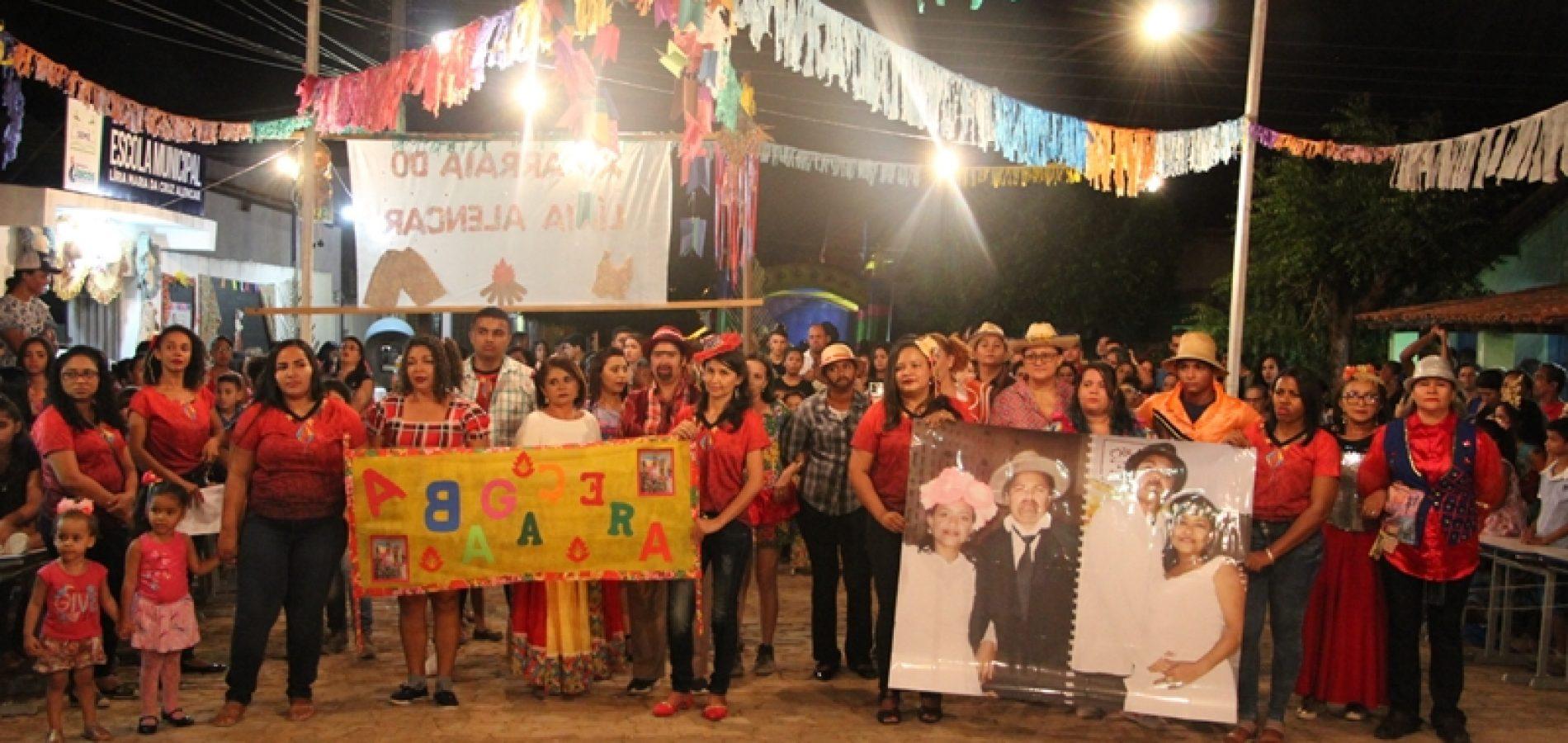 JAICÓS | Com grande participação do público, escola Líria Alencar promove seu XV Arraiá