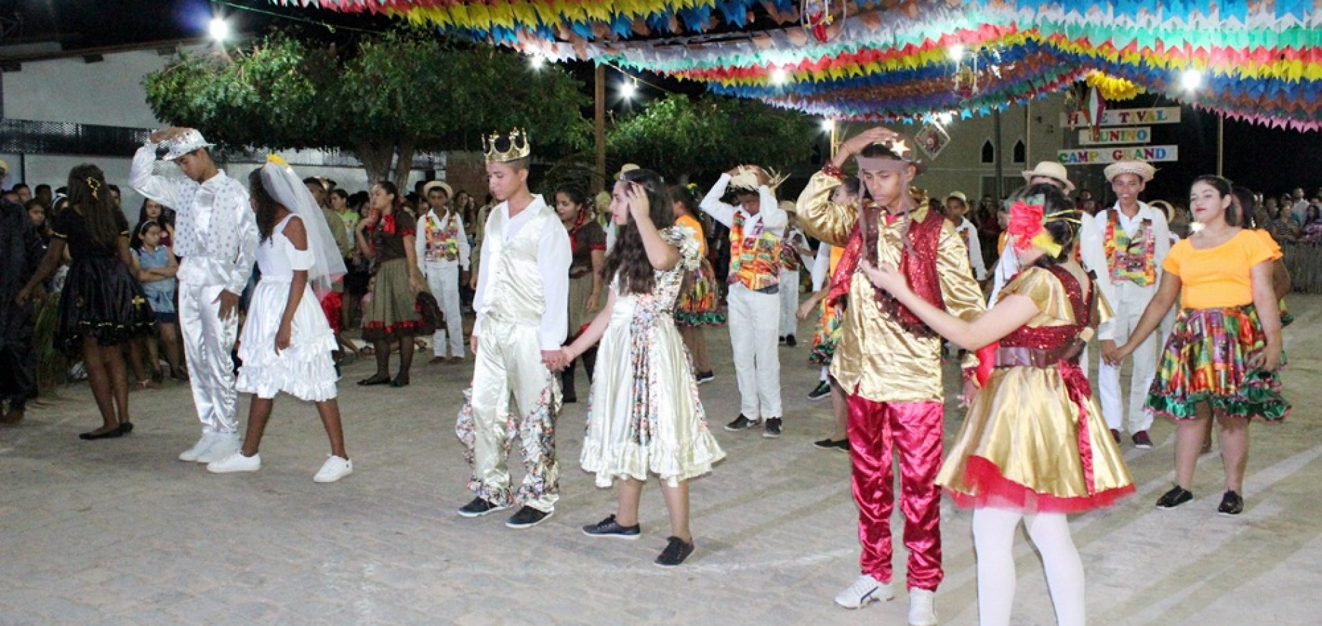 Confira fotos do II Festival Junino de Campo Grande do Piauí