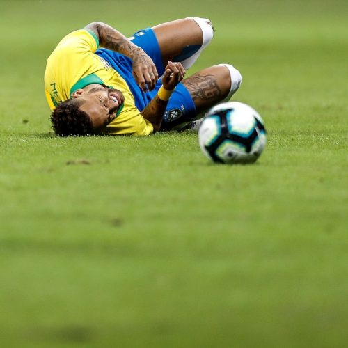 Neymar é cortado da seleção brasileira por lesão no tornozelo e está fora da Copa América