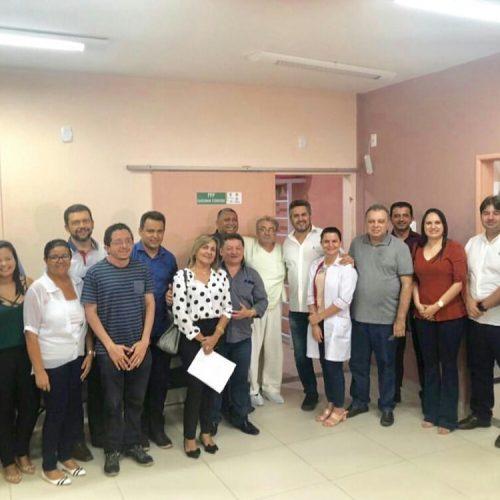 Presidente da Fundação Hospitalar vai a Floriano e visita Hospital Tibério Nunes