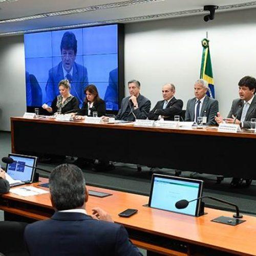 Prefeituras poderão dar nova destinação para UPAs paradas, diz ministro na CMO