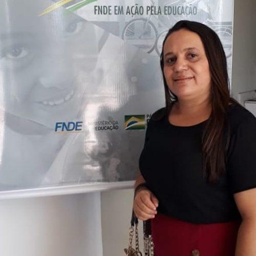 Secretária de Educação de Vera Mendes participa de evento do FNDE em Teresina