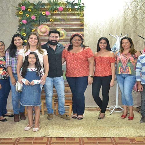 SIMÕES| Secretaria de Assistência Social promove festa junina com famílias do Criança Feliz
