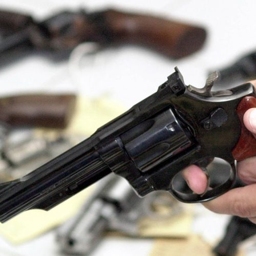 Policial militar é suspeito de efetuar tiros em dono de bar no Piauí