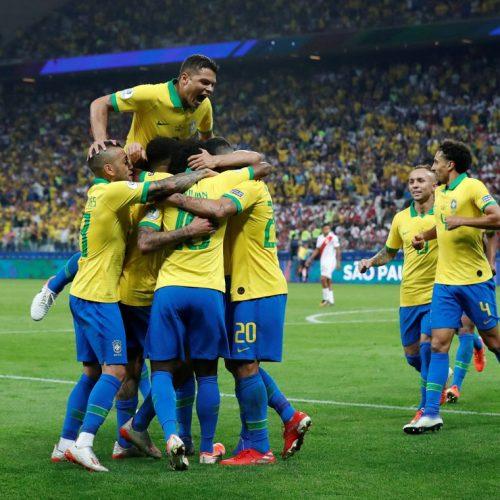 Everton brilha, Brasil goleia o Peru e se garante nas quartas de final da Copa América