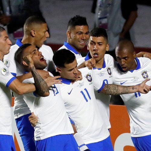 Brasil supera vaias no primeiro tempo e vence Bolívia por 3 a 0