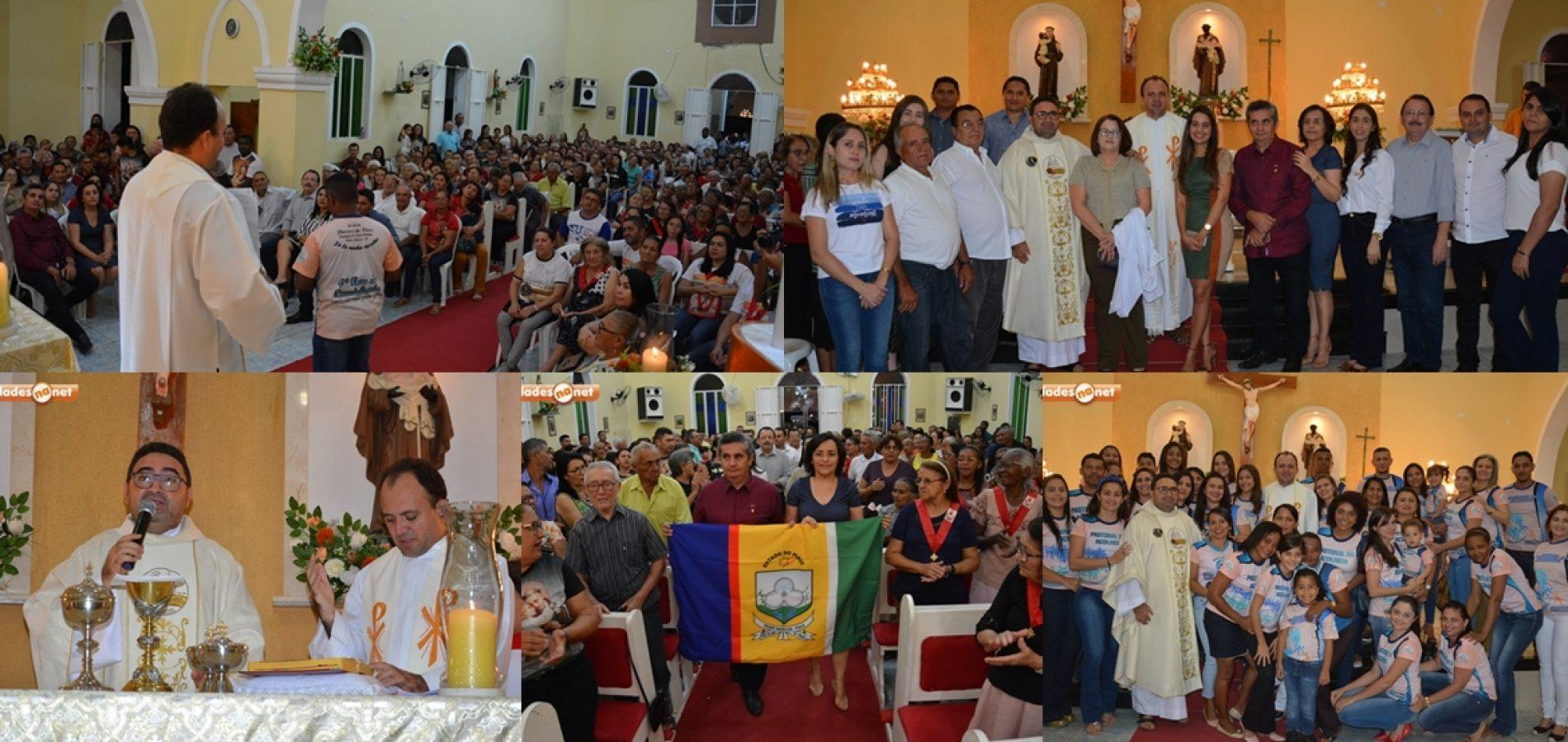 Poder Executivo, pastorais e comunidades participam da 7ª noite de missa dos festejos de Padre Marcos