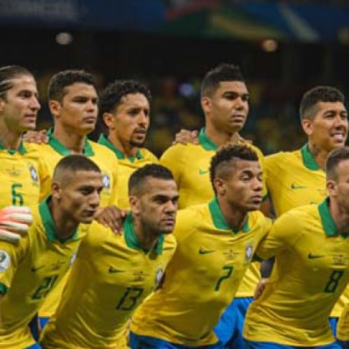Com 2 gols anulados pelo VAR, Brasil empata com a Venezuela e sofre vaias