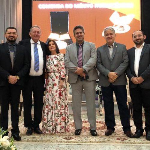 Secretário de Saúde de Picos recebe homenagem do Conselho Federal de Farmácia em Brasília