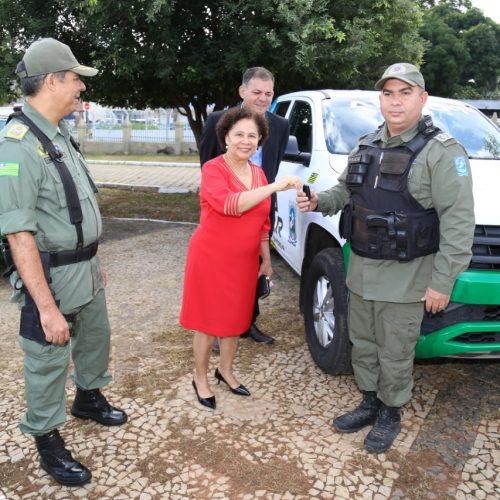 Polícia Militar de Simões é contemplada com nova viatura