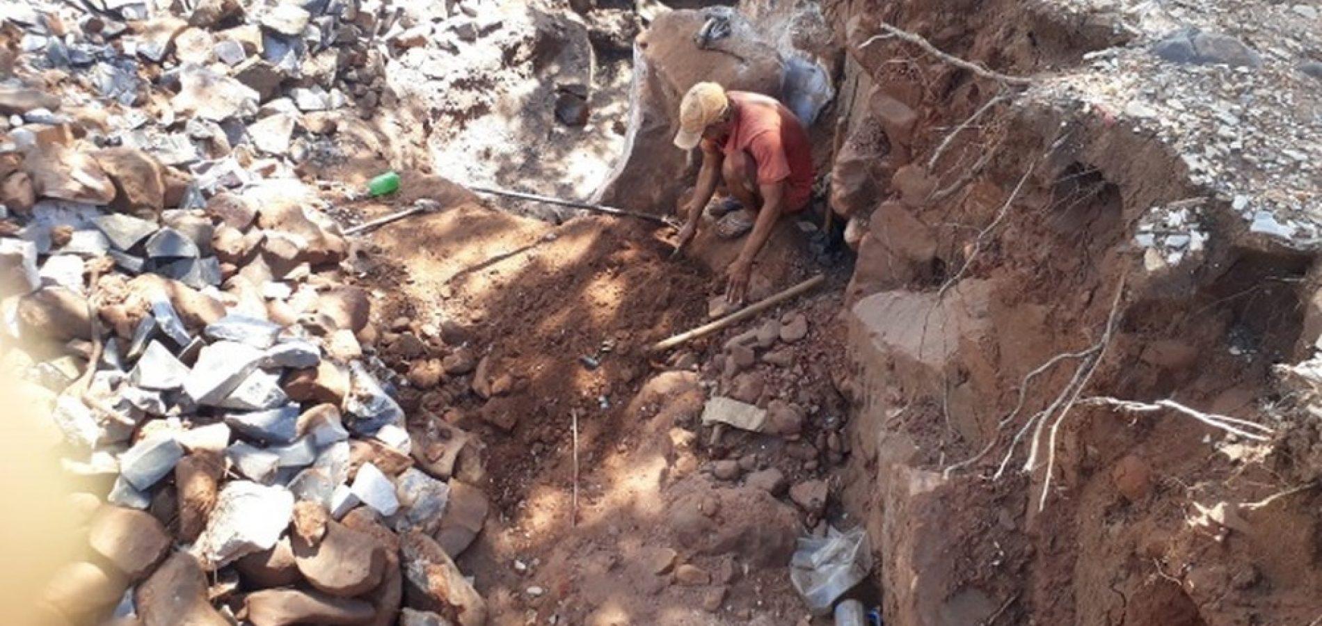 Trabalhadores em situação análoga à escravidão são resgatados de pedreira no Sul do Piauí