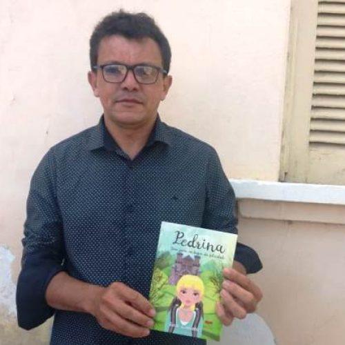 Picoense lança sua terceira obra de ficção nesta sexta (28)