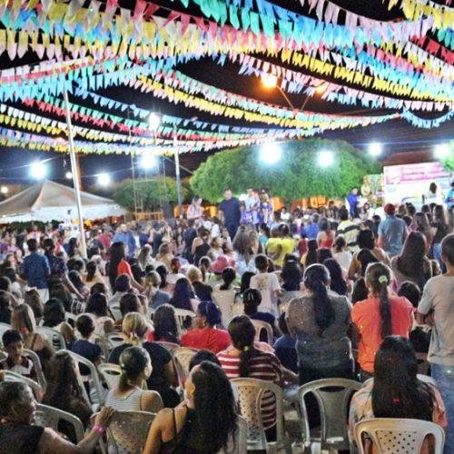 Confira fotos do São João das Mães em Caridade do Piauí