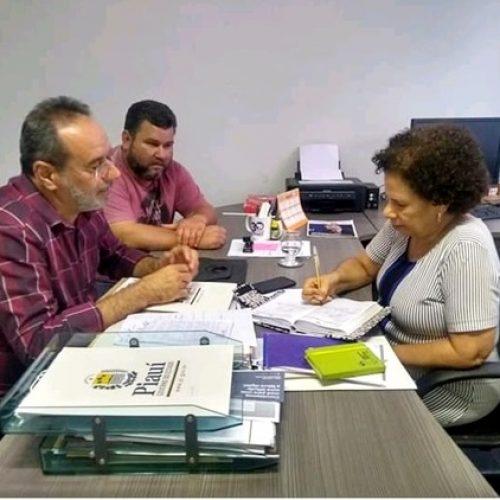 Em busca de melhorias, prefeito de Alagoinha se reúne com vice-governadora e secretário de saúde do estado